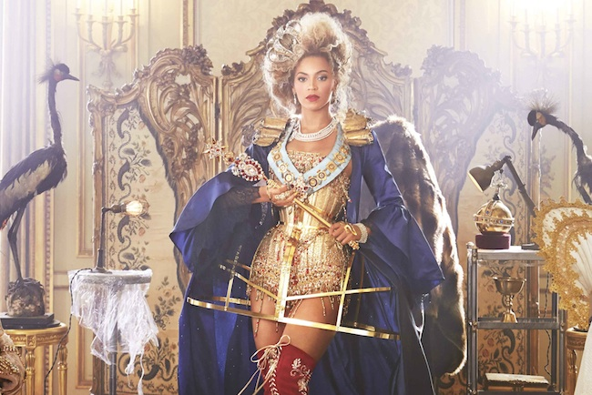 Beyonce-Announces-Mrs-Carter-UK-Tour-with-Jonas-Akerlund-Film-1