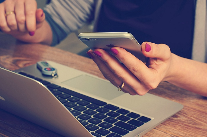 How To Use Facebook To Get Clients